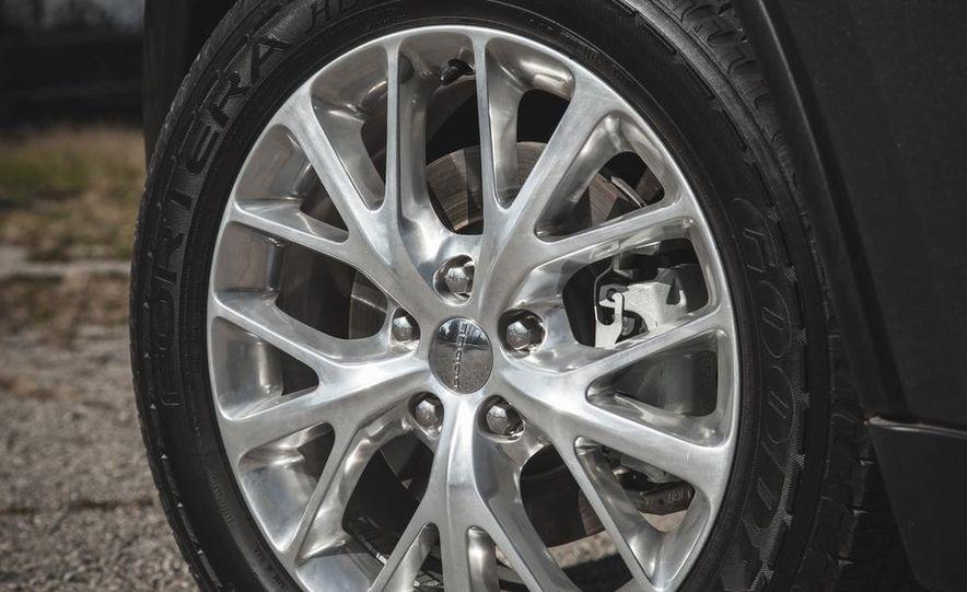 2014 Dodge Durango Citadel AWD - Slide 22