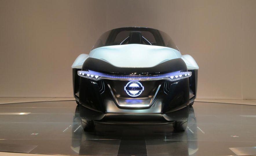 Nissan BladeGlider concept - Slide 1