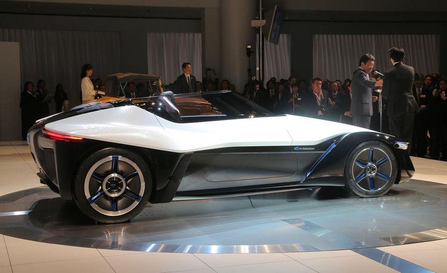 Nissan BladeGlider concept - Slide 6
