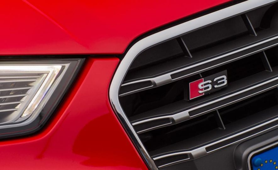 2015 Audi S3 sedan - Slide 16