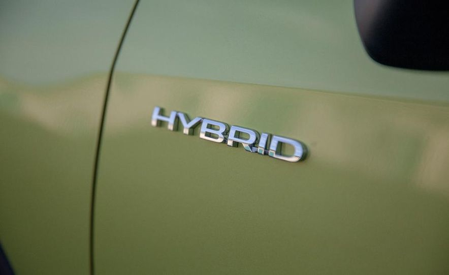 2014 Subaru XV Crosstrek hybrids - Slide 28