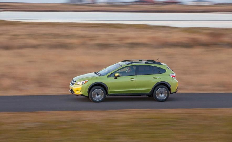 2014 Subaru XV Crosstrek hybrids - Slide 6