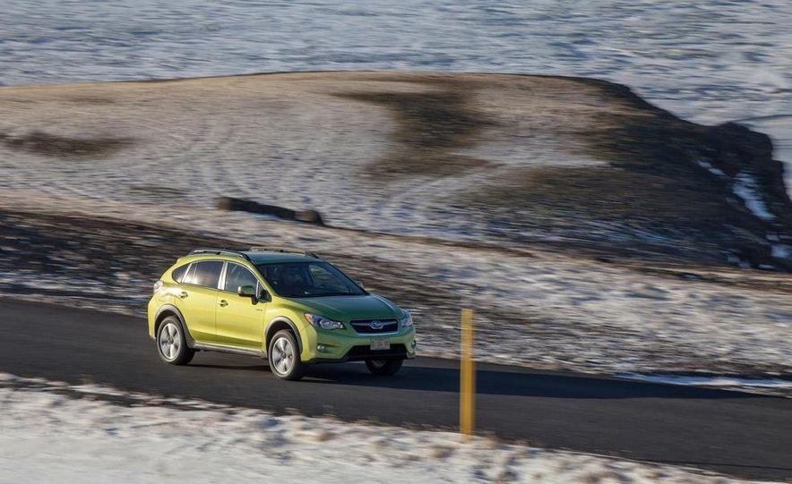 2014 Subaru XV Crosstrek hybrids - Slide 10