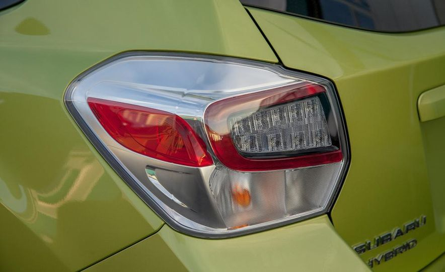 2014 Subaru XV Crosstrek hybrids - Slide 27