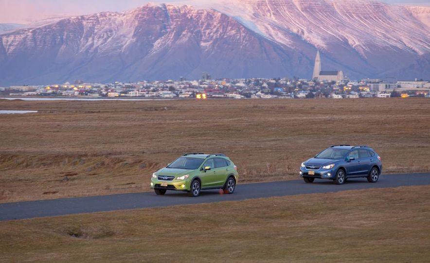 2014 Subaru XV Crosstrek hybrids - Slide 1