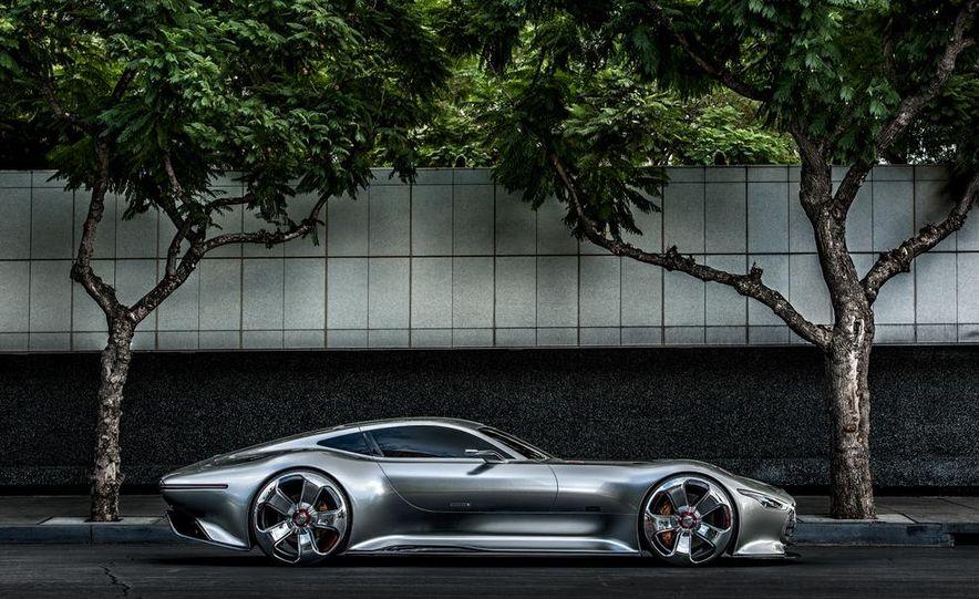 Mercedes-Benz AMG Vision Gran Turismo concept - Slide 19