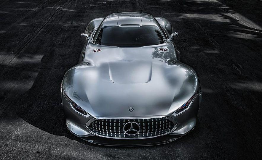 Mercedes-Benz AMG Vision Gran Turismo concept - Slide 24