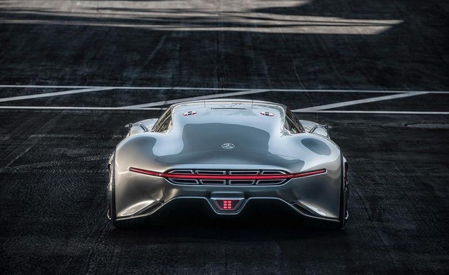 Mercedes-Benz AMG Vision Gran Turismo concept - Slide 29