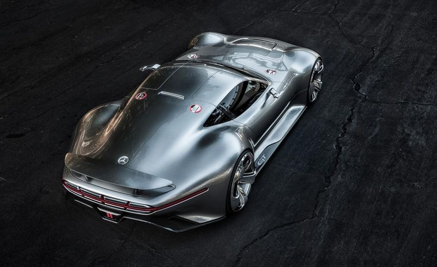 Mercedes-Benz AMG Vision Gran Turismo concept - Slide 32