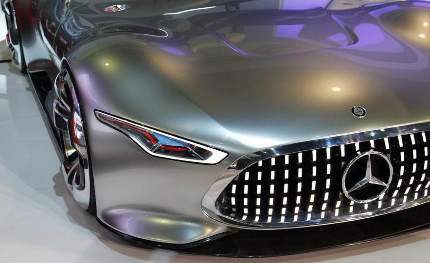 Mercedes-Benz AMG Vision Gran Turismo concept - Slide 4
