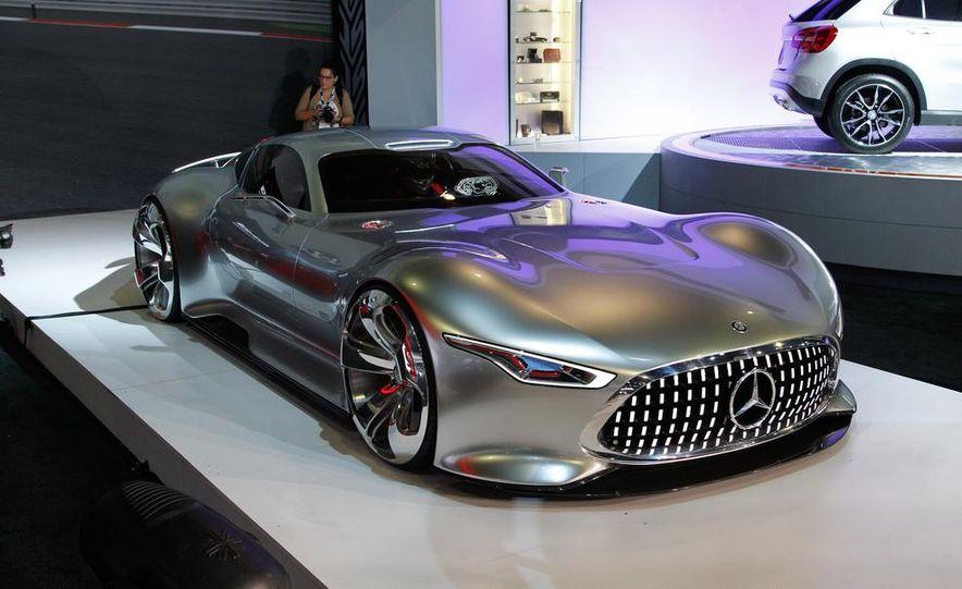 Mercedes-Benz AMG Vision Gran Turismo concept - Slide 5