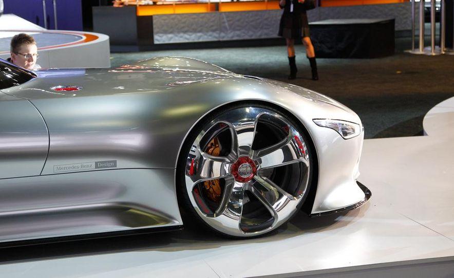 Mercedes-Benz AMG Vision Gran Turismo concept - Slide 8