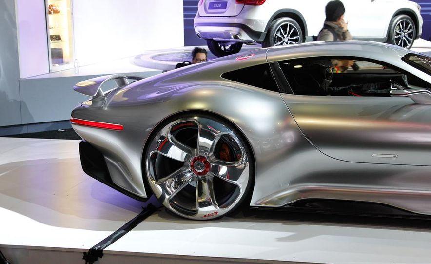 Mercedes-Benz AMG Vision Gran Turismo concept - Slide 9