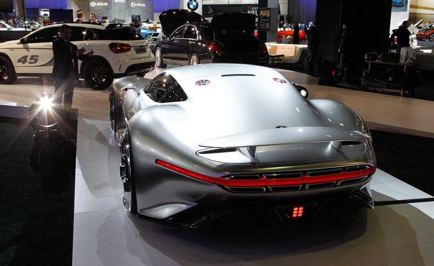 Mercedes-Benz AMG Vision Gran Turismo concept - Slide 12