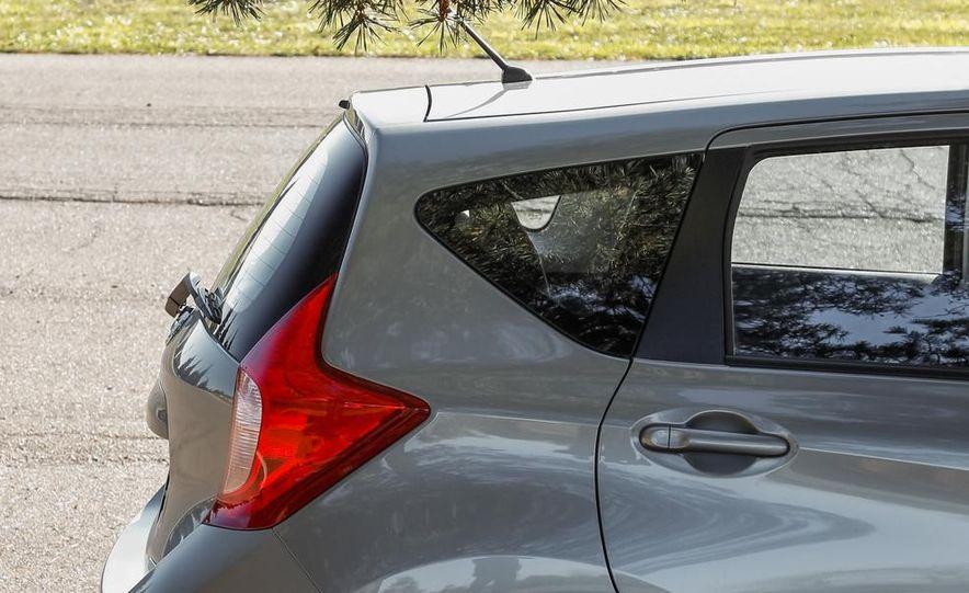 2014 Nissan Versa Note S - Slide 10