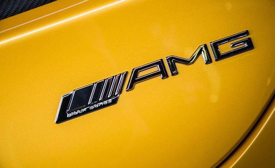 2014 Mercedes-Benz SLS AMG Black Series - Slide 12