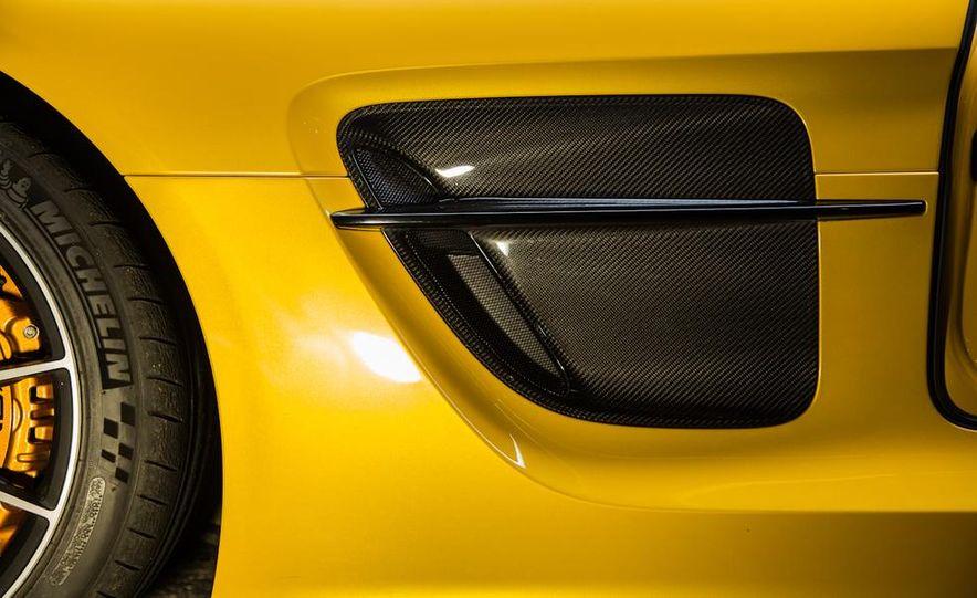 2014 Mercedes-Benz SLS AMG Black Series - Slide 10