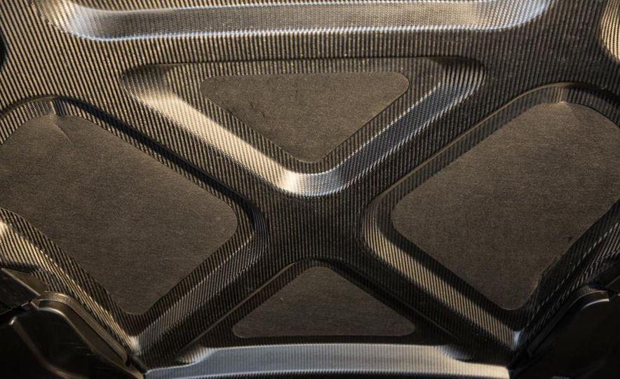 2014 Mercedes-Benz SLS AMG Black Series - Slide 15