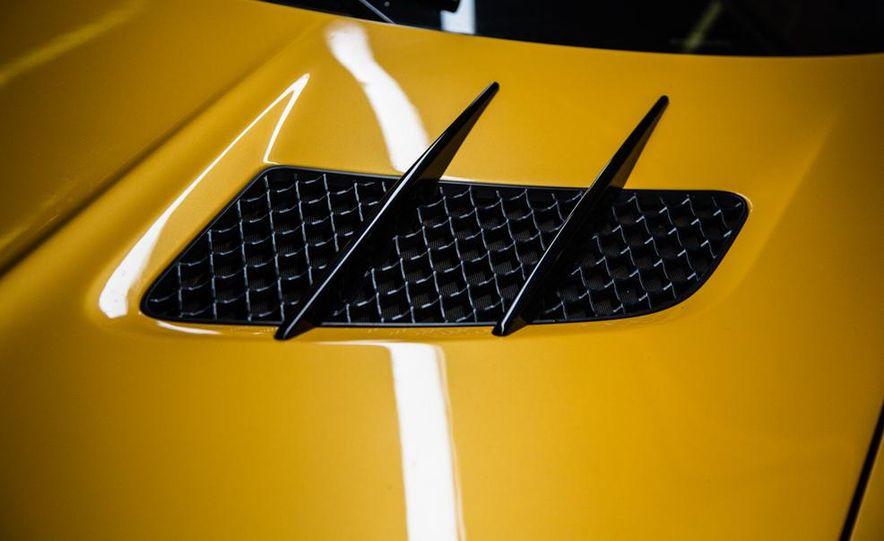 2014 Mercedes-Benz SLS AMG Black Series - Slide 11