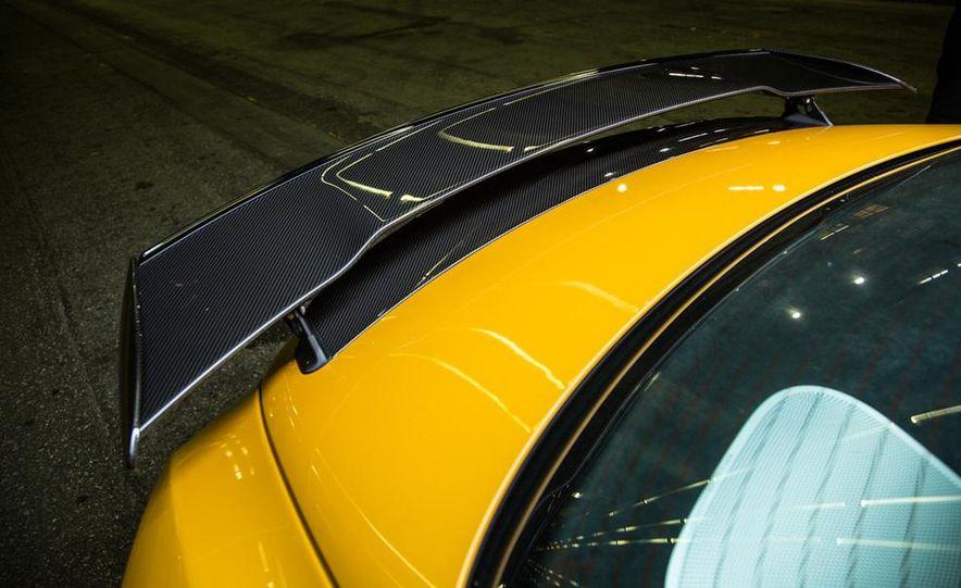 2014 Mercedes-Benz SLS AMG Black Series - Slide 13