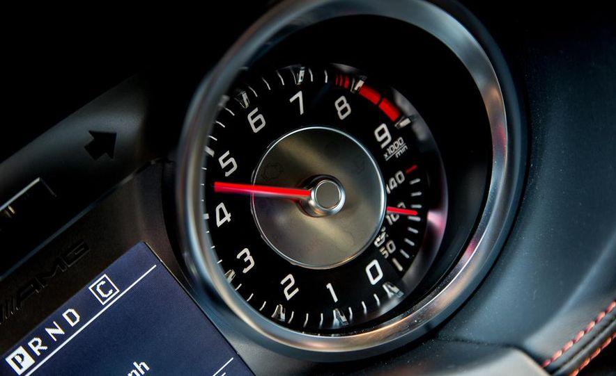 2014 Mercedes-Benz SLS AMG Black Series - Slide 26
