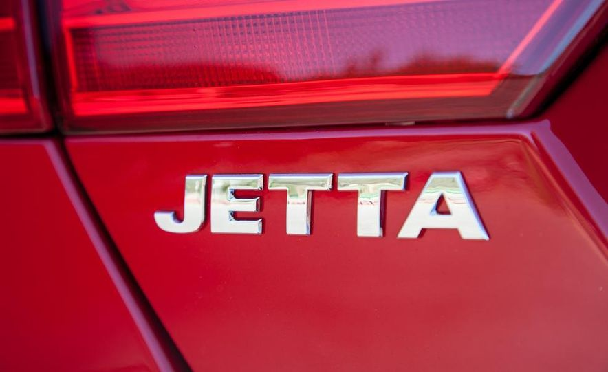 2014 Volkswagen Jetta SE - Slide 15