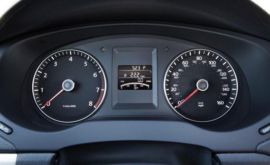 2014 Volkswagen Jetta SE - Slide 30