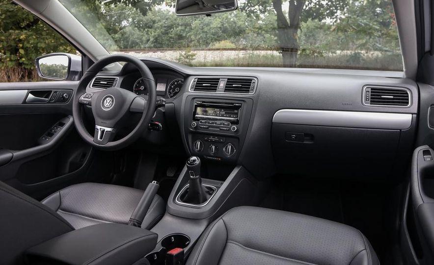 2014 Volkswagen Jetta SE - Slide 10