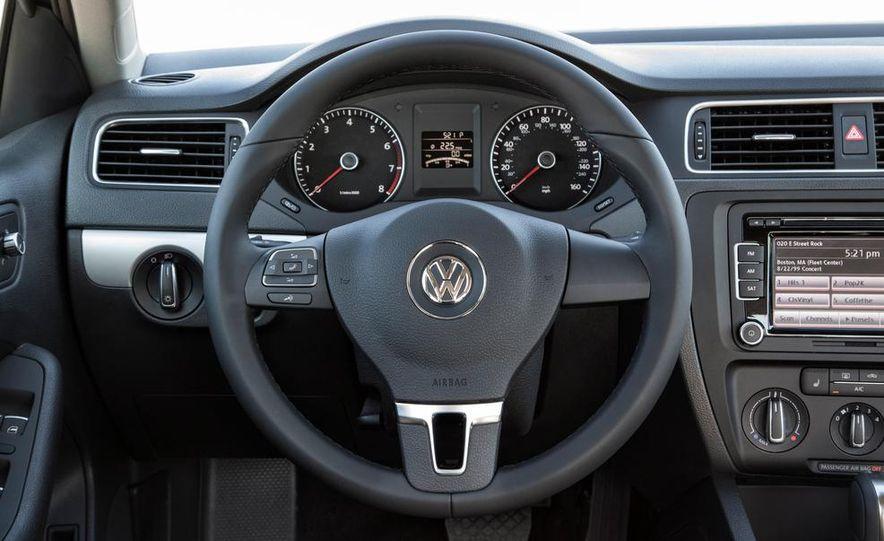 2014 Volkswagen Jetta SE - Slide 29