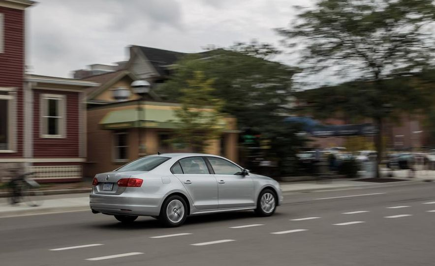 2014 Volkswagen Jetta SE - Slide 5