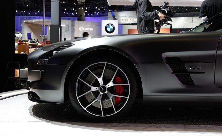 2015 Mercedes-Benz SLS AMG GT Final Edition coupe - Slide 10