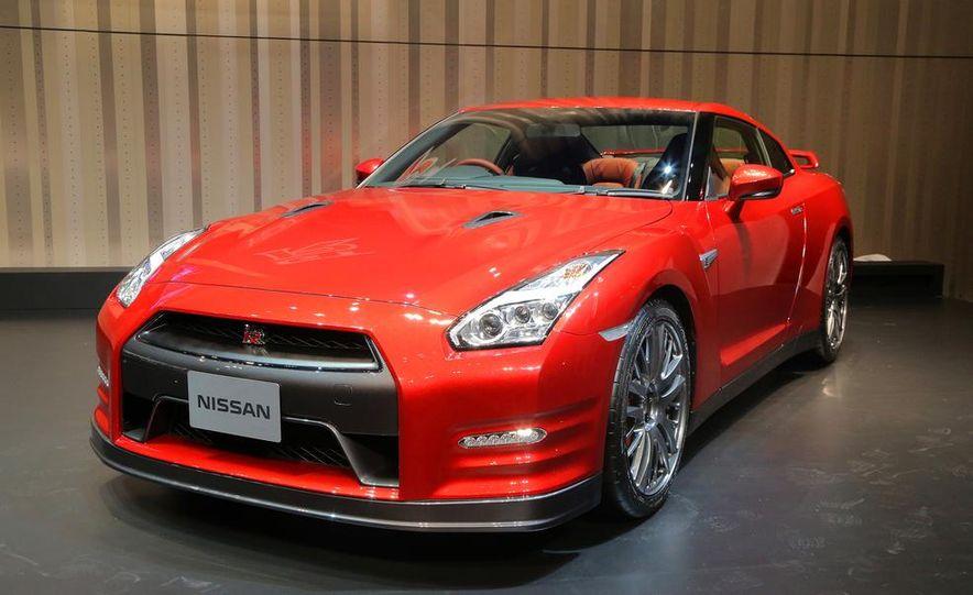 2015 Nissan GT-R - Slide 19