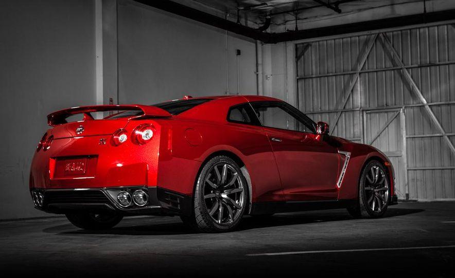 2015 Nissan GT-R - Slide 49