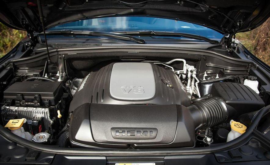 2014 Dodge Durango R/T RWD - Slide 57