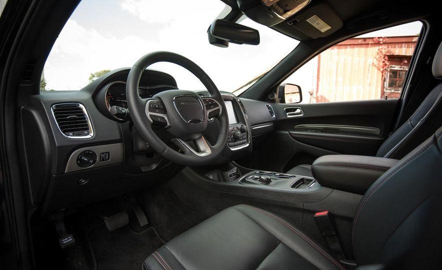 2014 Dodge Durango R/T RWD - Slide 30