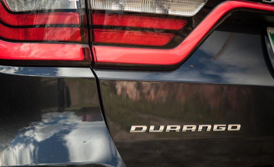 2014 Dodge Durango R/T RWD - Slide 25