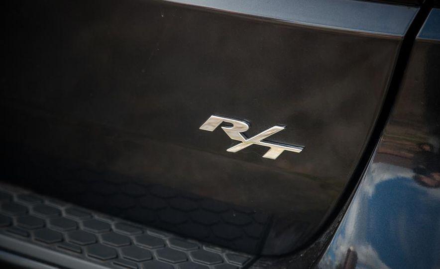 2014 Dodge Durango R/T RWD - Slide 28