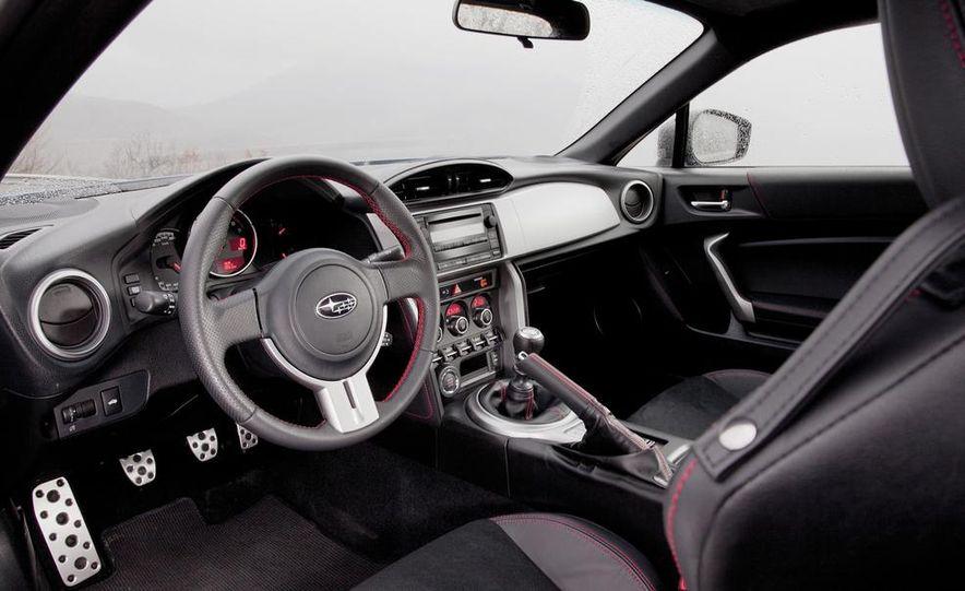 2012 Ford Focus SE - Slide 105