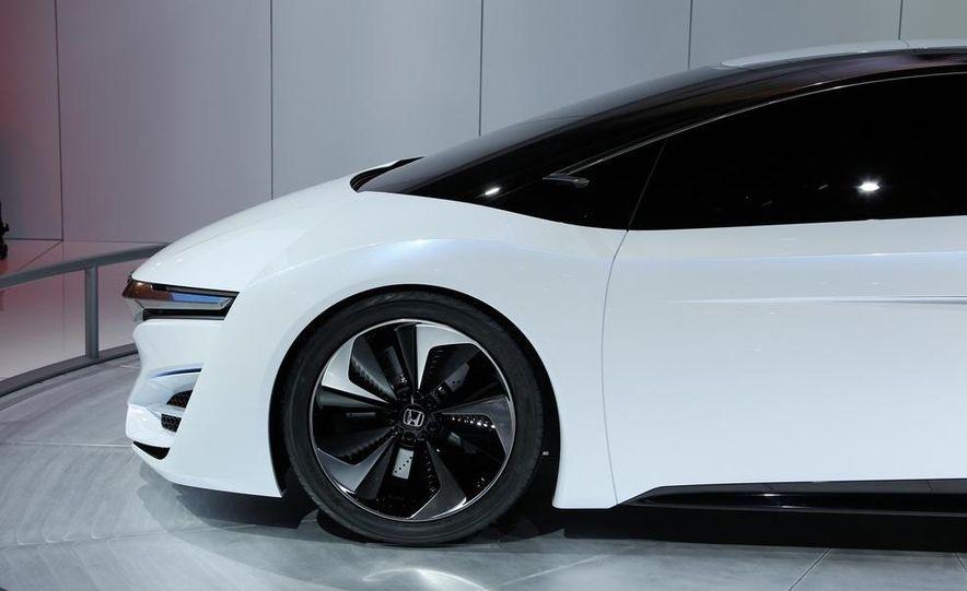 Honda FCEV concept - Slide 11