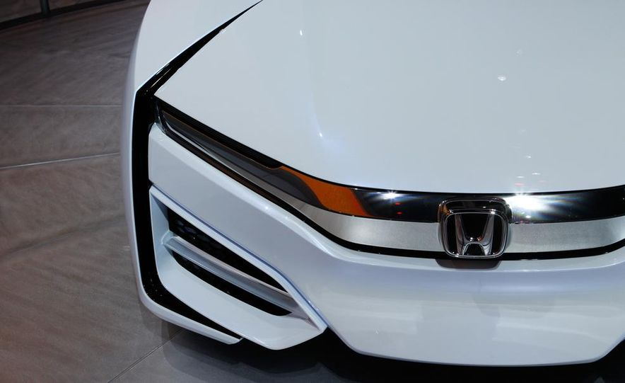 Honda FCEV concept - Slide 13