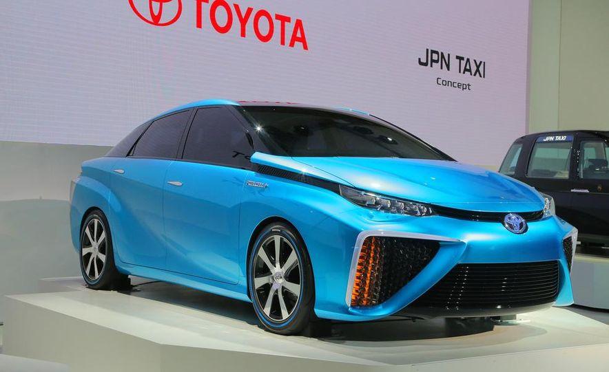 Toyota FCV concept - Slide 1