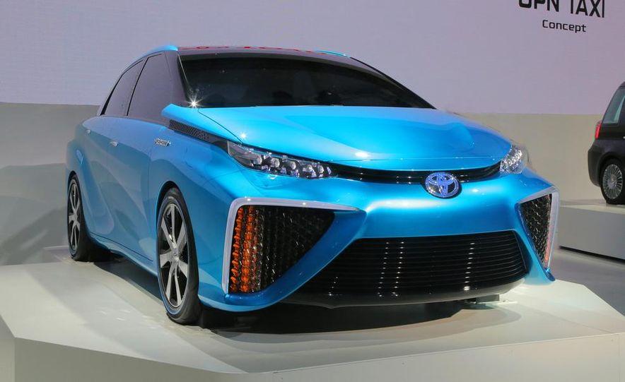 Toyota FCV concept - Slide 2