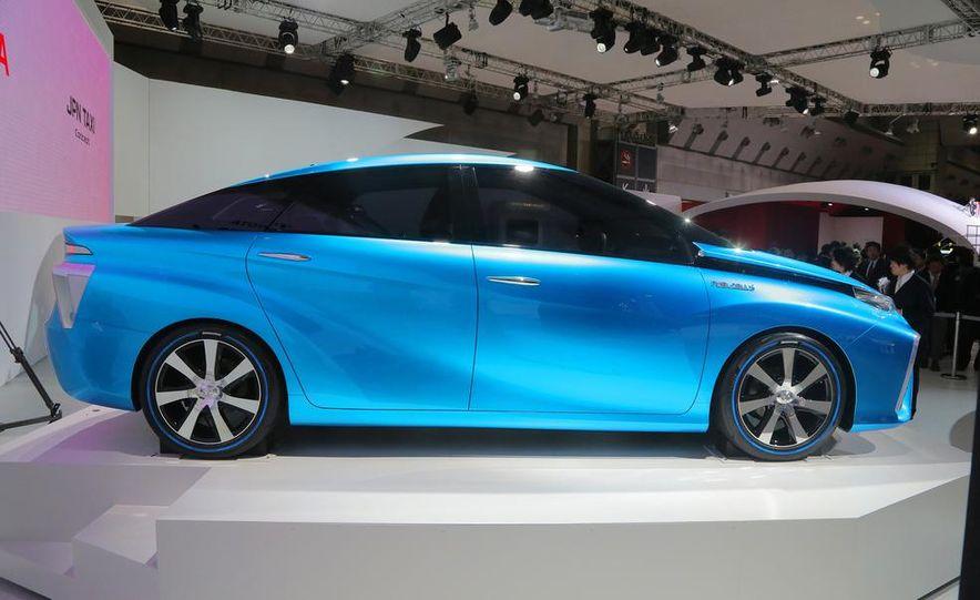 Toyota FCV concept - Slide 4