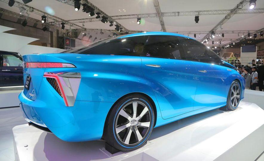 Toyota FCV concept - Slide 5
