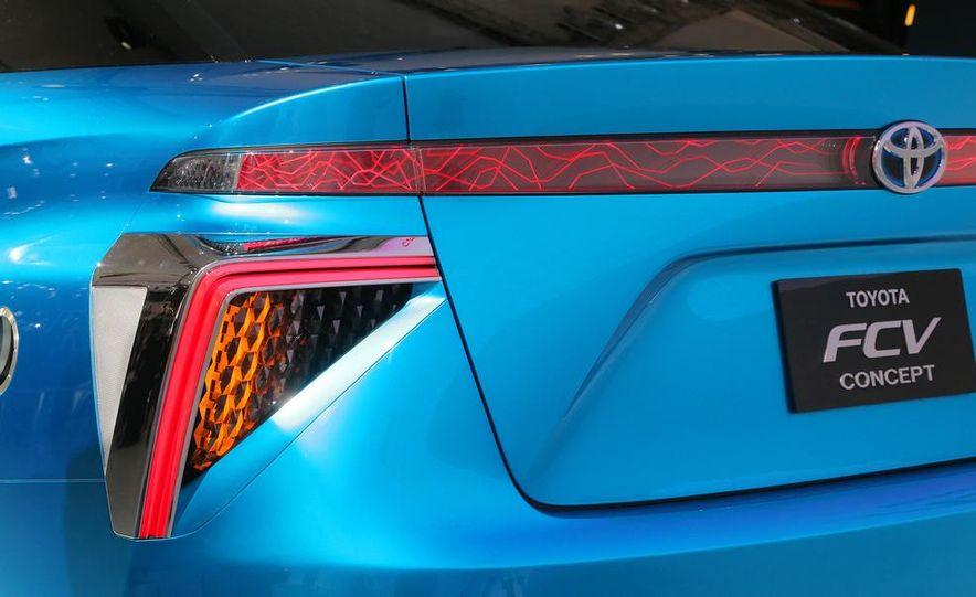 Toyota FCV concept - Slide 10