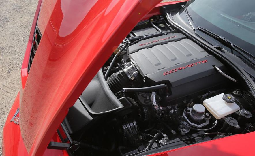 2014 Chevrolet Corvette Stingray convertible - Slide 44