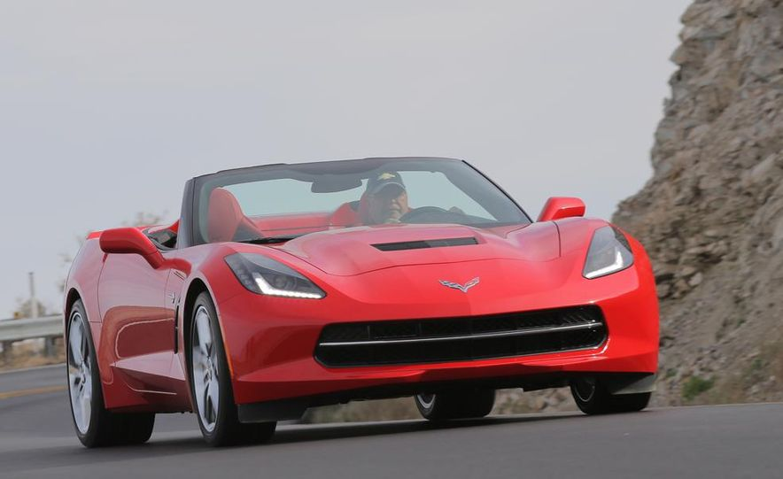 2014 Chevrolet Corvette Stingray convertible - Slide 2