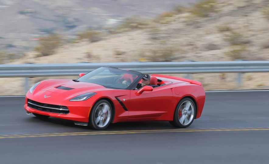 2014 Chevrolet Corvette Stingray convertible - Slide 3