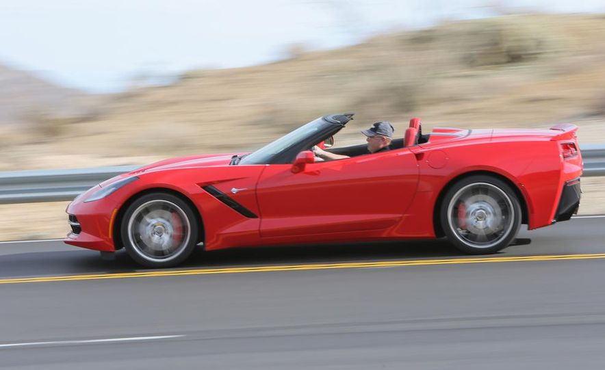 2014 Chevrolet Corvette Stingray convertible - Slide 4