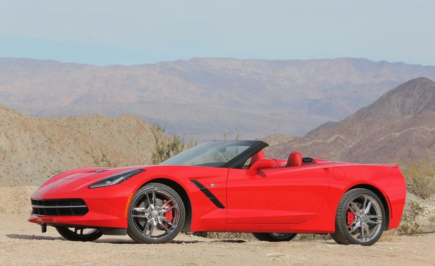 2014 Chevrolet Corvette Stingray convertible - Slide 15